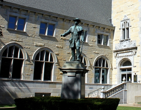 Louis Jolliet statue, Joliet (IL) Public Library  (copyright 2014 by K. Yearman; all rights reserved)