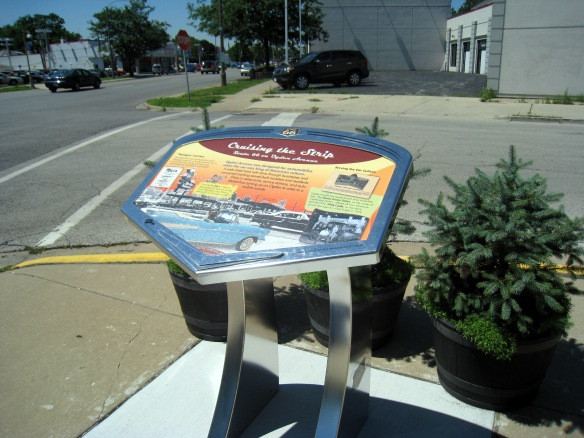 An Illinois Route 66 Scenic Byway wayside marker on Ogden Avenue/Route 66 in Berwyn, IL (photo copyright 2012 by M.R. Traska; all rights reserved