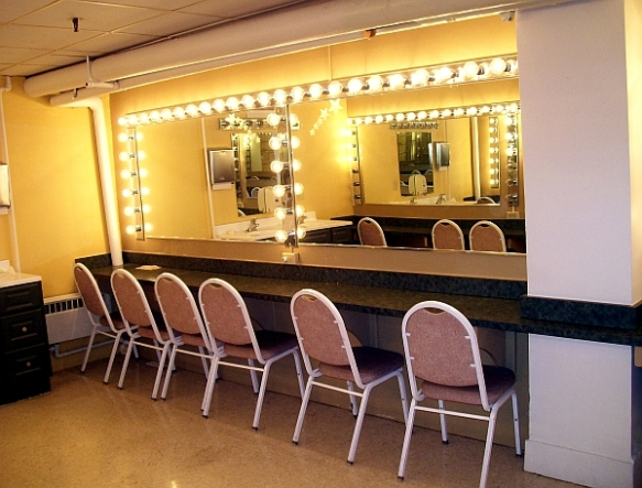 The dressing room  (photo copyright 2015 by J.D. Kubal; all rights reserved)