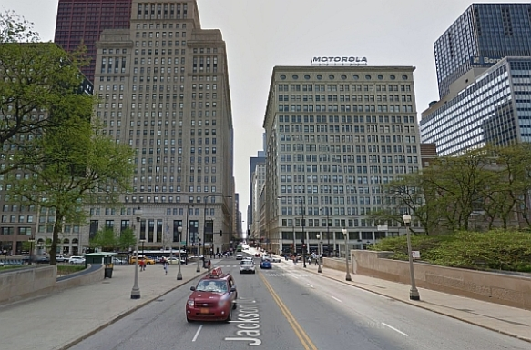 Looking toward the Gateway to Route 66 near the eastern terminus at Michigan Avenue and Jackson Drive, Chicago  (Photo courtesy of Google Maps Street View)